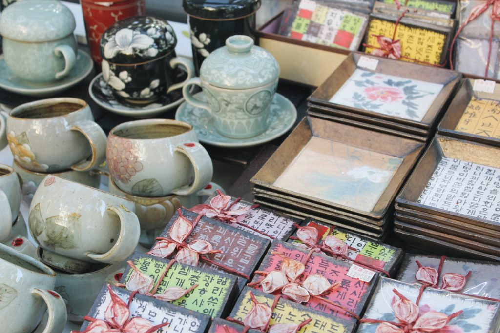 Ceramic cups and bowls being sold in Insadong